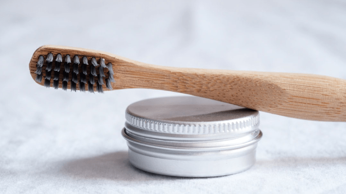 Why You'll Love Brushing with Tooth Powder|Banyan Botanicals